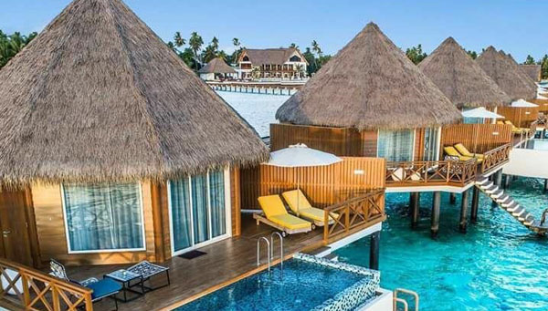 10 Mercure Maldives - Kooddoo Resort-edited